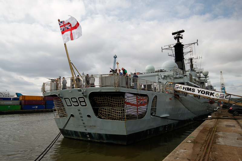 3-HMS_York_Stern